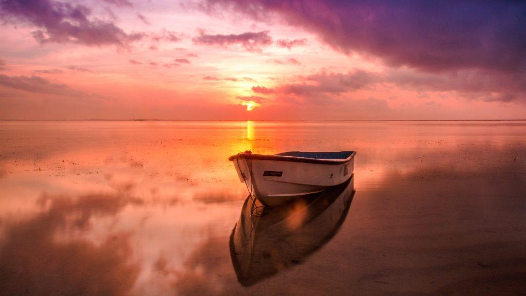 Boot uitzicht meer spiegel zonsondergang
